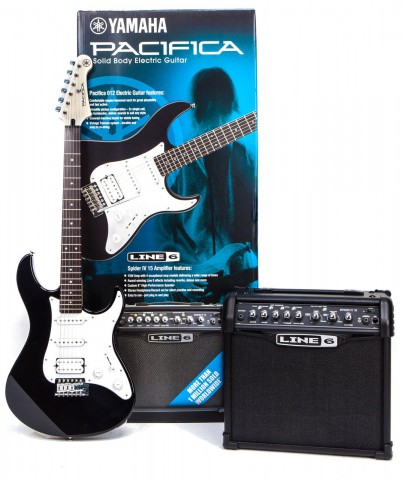 YAMAHA  PACIFICA 012+SPIDER 15 PACK