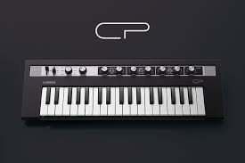 YAMAHA REFACE CP PIANO ELECTRICO